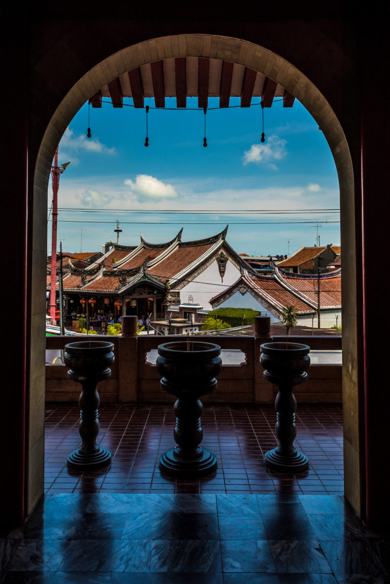 Fenêtre sur temple